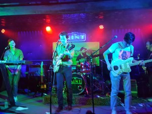 Hunnypot live at the mint