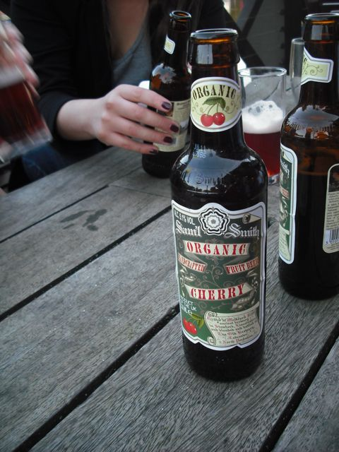 https://i1.wp.com/fatgayvegan.com/wp-content/uploads/2011/05/cherry-beer.jpg?fit=480%2C640
