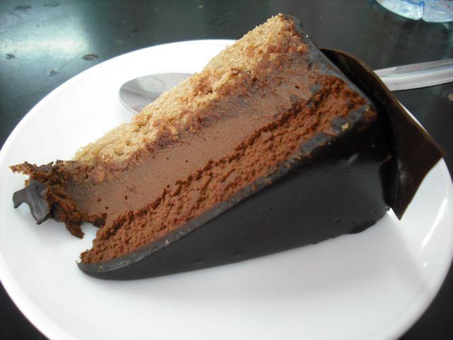 https://i1.wp.com/fatgayvegan.com/wp-content/uploads/2011/08/chocolate.jpg?fit=640%2C480&ssl=1