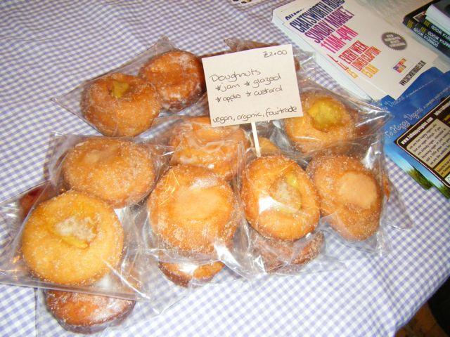 https://i1.wp.com/fatgayvegan.com/wp-content/uploads/2011/08/thv-doughnuts.jpg?fit=640%2C480&ssl=1