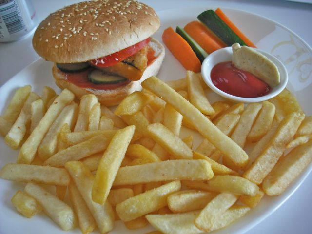 https://i1.wp.com/fatgayvegan.com/wp-content/uploads/2011/09/ocean-burger.jpg?fit=640%2C480&ssl=1