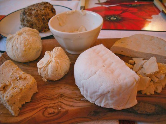 https://i1.wp.com/fatgayvegan.com/wp-content/uploads/2011/12/cheese.jpg?fit=640%2C480&ssl=1