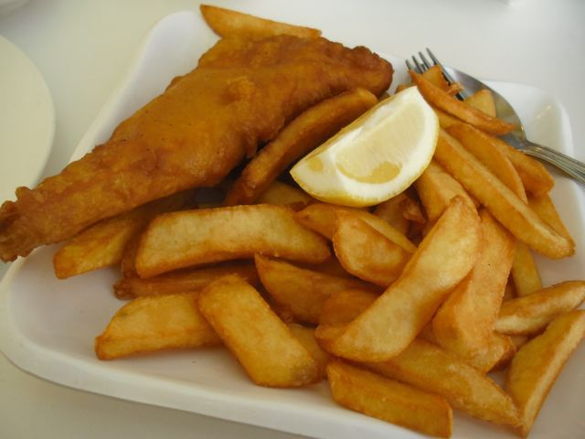 https://i1.wp.com/fatgayvegan.com/wp-content/uploads/2012/04/fish-chips.jpg?fit=640%2C480