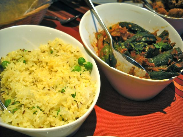 https://i1.wp.com/fatgayvegan.com/wp-content/uploads/2012/06/rice-and-bhindi.jpg?fit=640%2C480