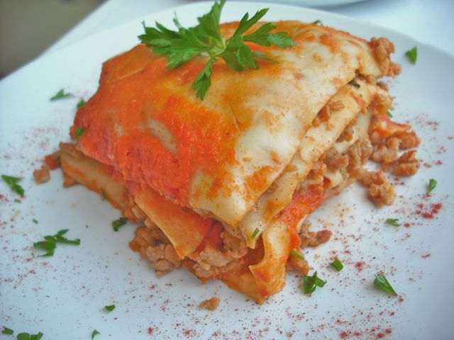 https://i1.wp.com/fatgayvegan.com/wp-content/uploads/2012/08/lasagne.jpg?fit=640%2C480