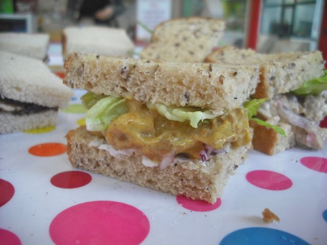 https://i1.wp.com/fatgayvegan.com/wp-content/uploads/2013/01/coronation-chicken.jpg?fit=640%2C480