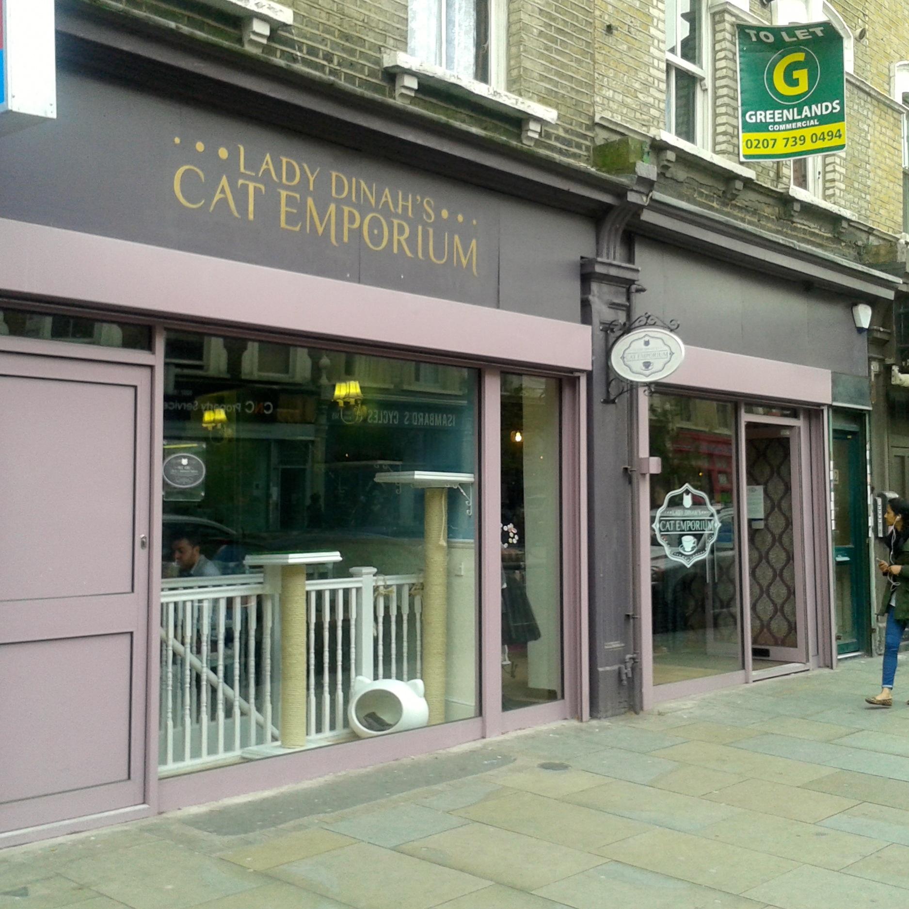 https://i1.wp.com/fatgayvegan.com/wp-content/uploads/2014/04/cat-cafe.jpg?fit=1875%2C1874