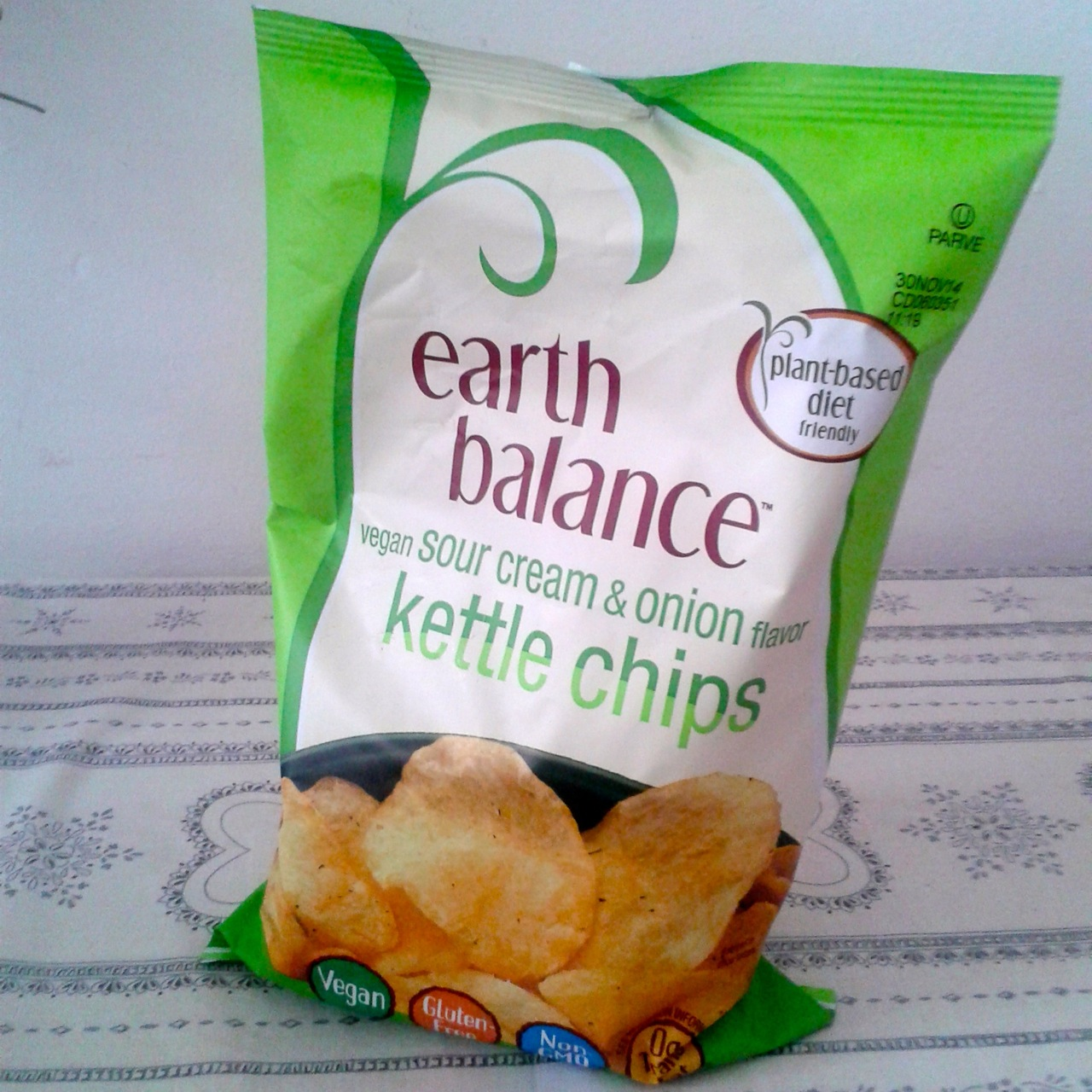 https://i1.wp.com/fatgayvegan.com/wp-content/uploads/2014/10/kettle-chips.jpg?fit=1280%2C1280
