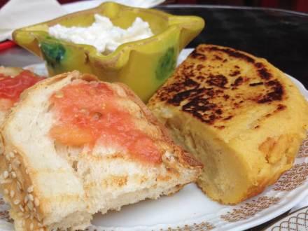 Spanish-tortilla-at-Alaska-Berlin
