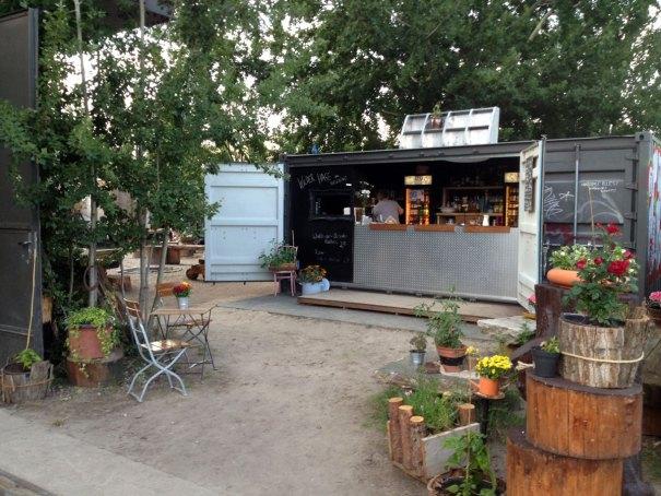 Wilder-Hase-vegan-beergarden-Berlin-2