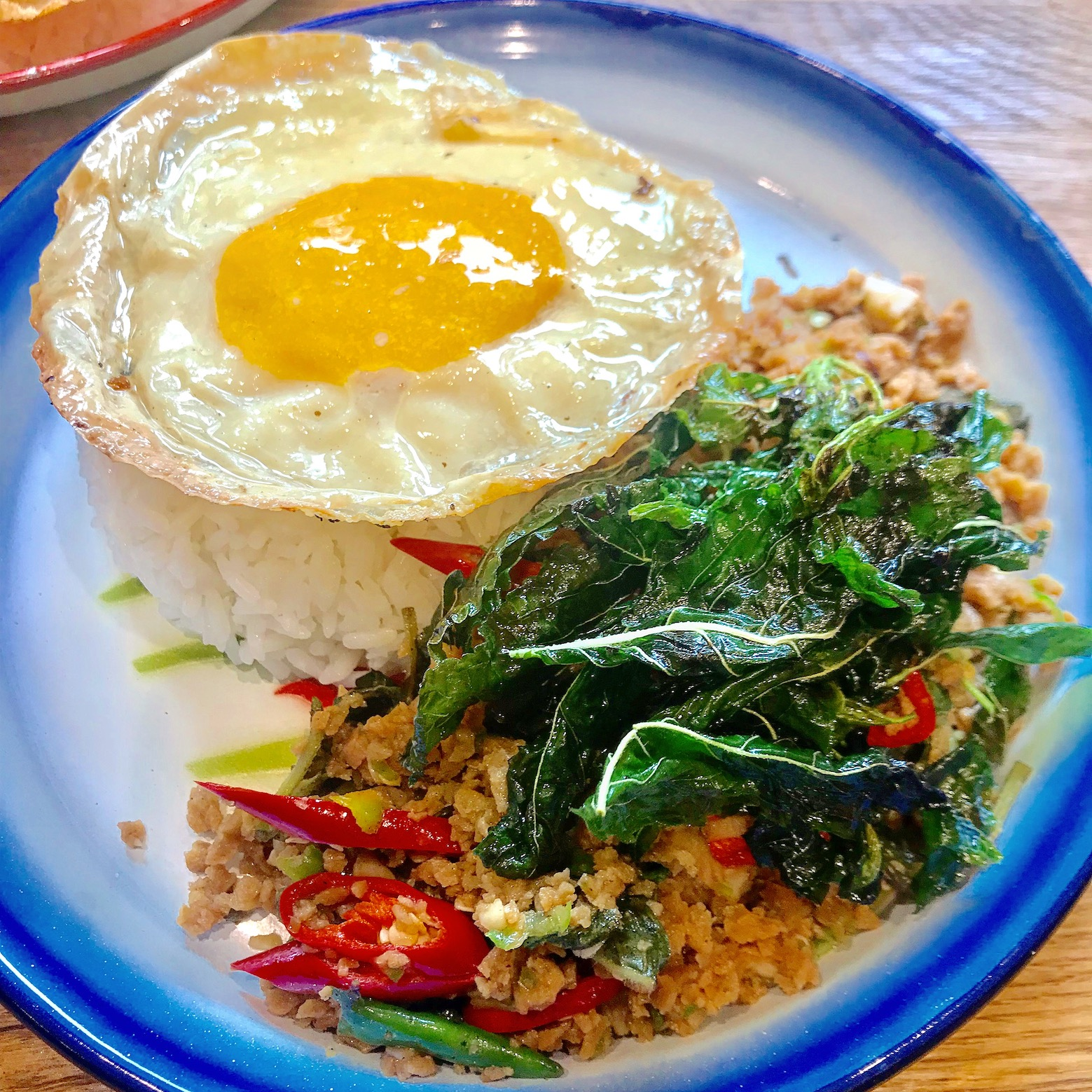 https://i1.wp.com/fatgayvegan.com/wp-content/uploads/2018/12/fried-egg-greedy-khai.jpg?fit=1559%2C1559