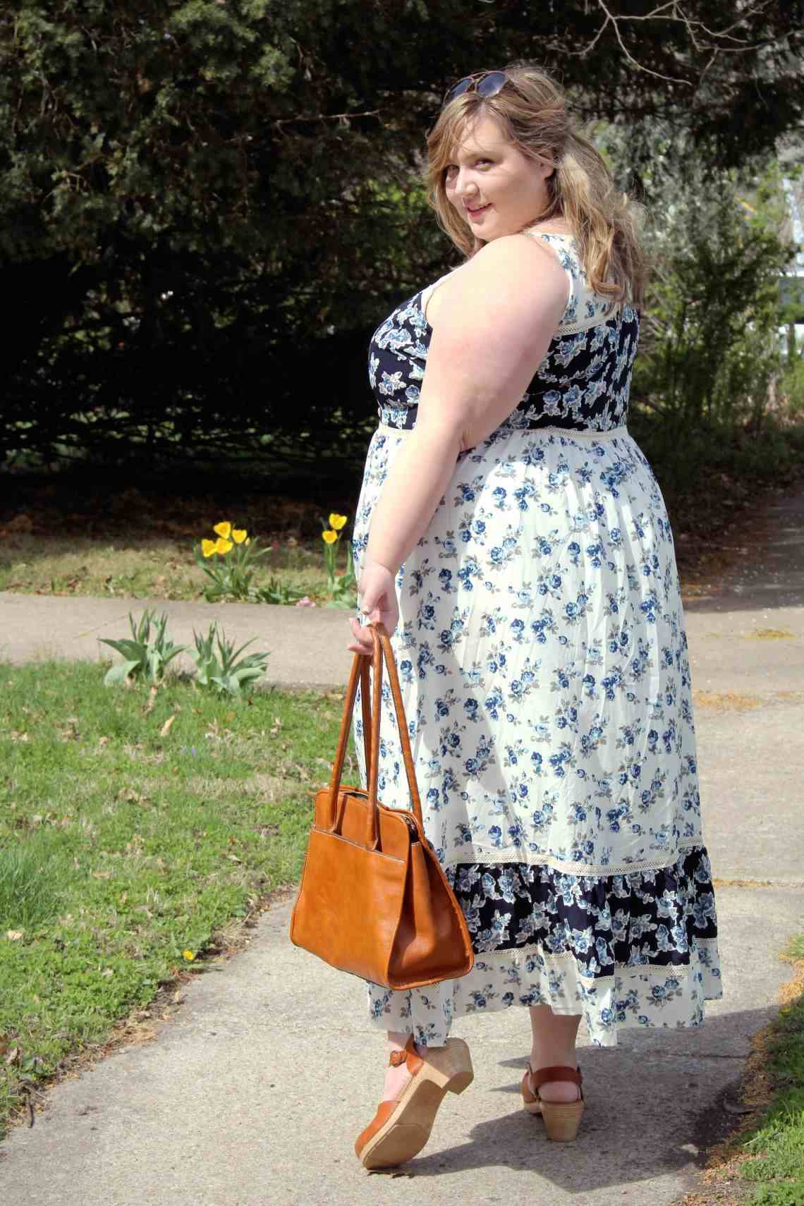 Outfits In Motion - Fat Girl Flow
