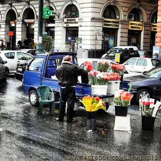Street vendor in Napoli