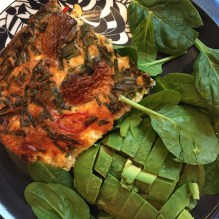 Frittata with spinach and avocado