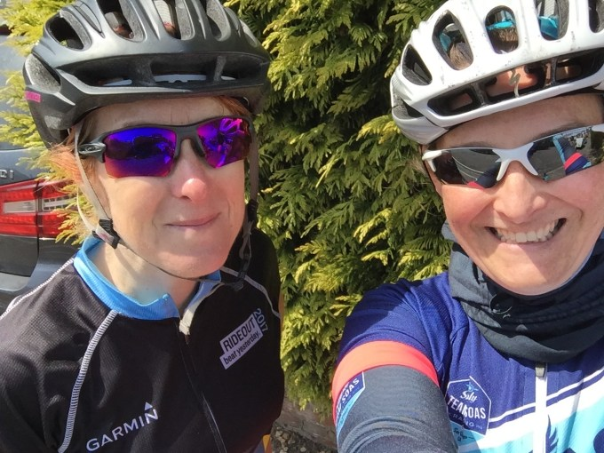 Cycling selfie of Teri and Tamsyn