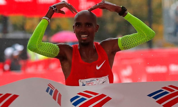 Mo Farah winning Chicago Marathon