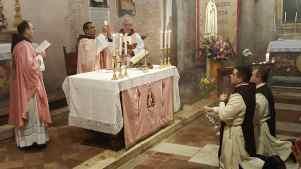 1° messa di un novello sacerdote degli Araldi Del Vangelo