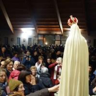 La statua della Madonna di Fatima a Venaria Reale (TO) , Araldi del Vangelo-040