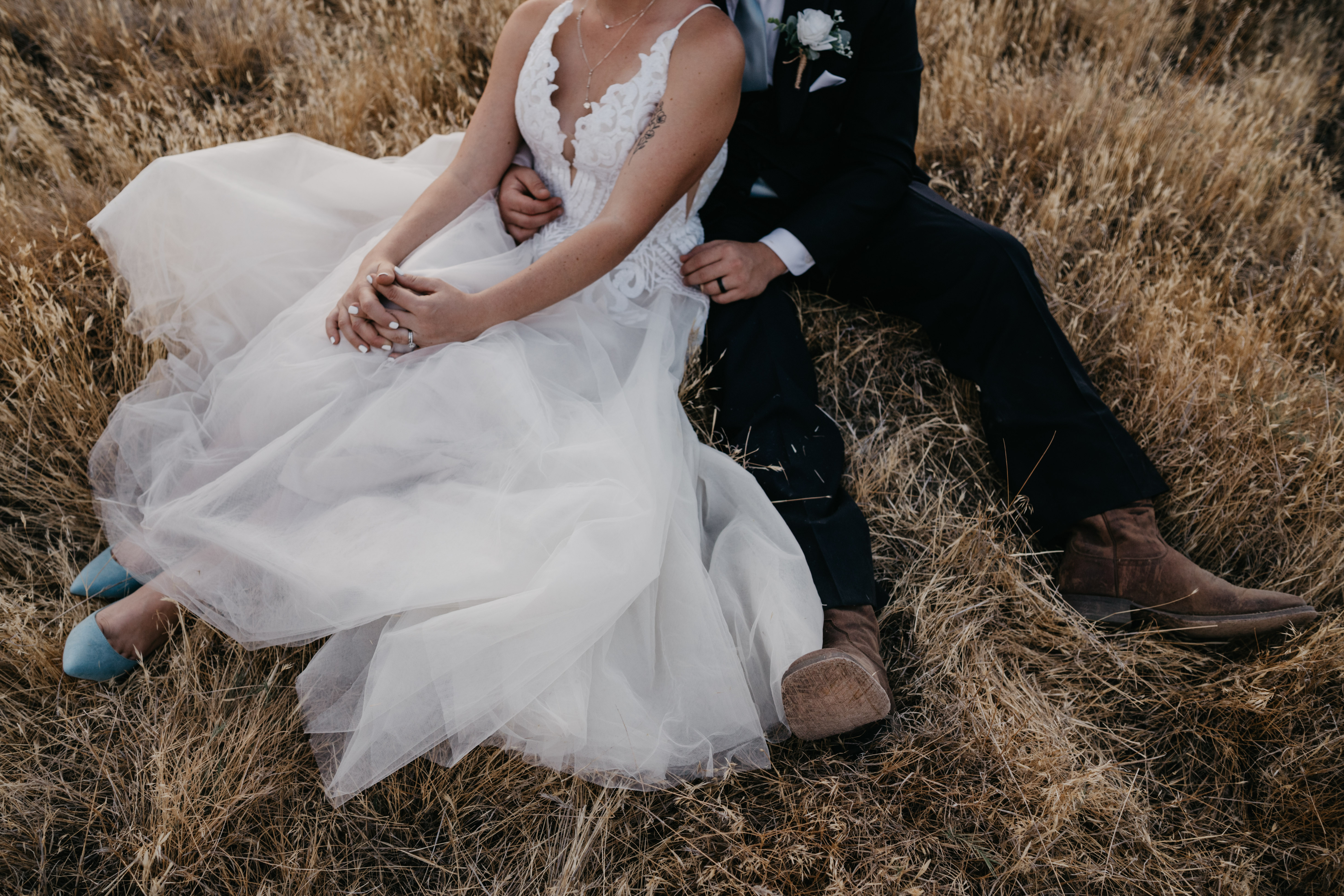 Big Morongo Canyon Preserve Bride and Groom Portrait with their details, image by Fatima Elreda Photo
