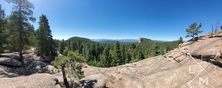 Panoramic view of lions head forest and the mountains in the background from Marmot Passage at Staunton State Park