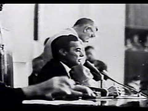 Auro de Moura Andrade declara vaga a Presidência 1964