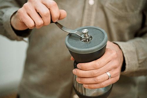04_grind-coffee