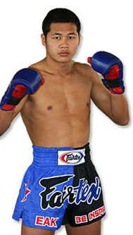Yodsaenklai Fairtex, the most dominant middleweight Thaiboxer in the world.