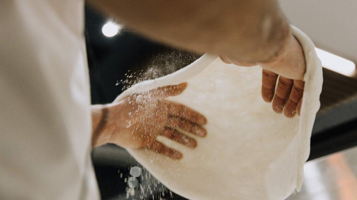 """La pizza di Luca Mastracci: """"Pupillo"""" e le mani in pasta"""