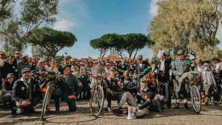 Coppa Baffetto: Latina vintage su due ruote