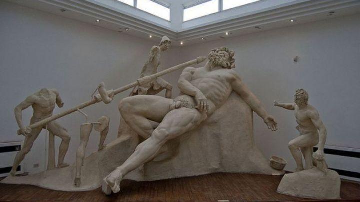 Latina: La bizzarra vicenda di Tetro e i depositi di cose che qui chiamiamo museo