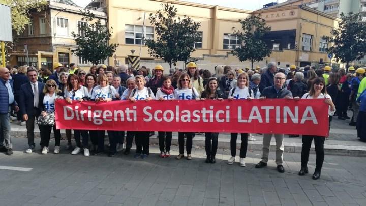 Latina, i dirigenti scolastici a Roma in protesta