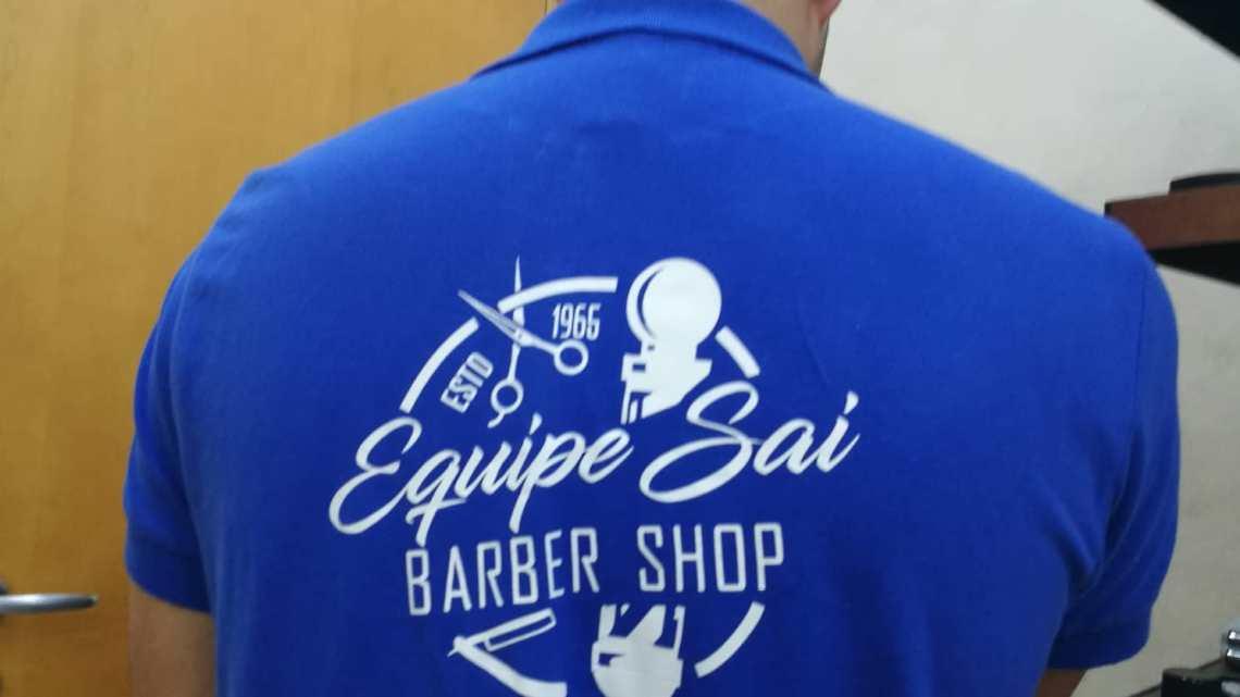 Sono andato dal barbiere, che strana normalità: far finta di essere sani