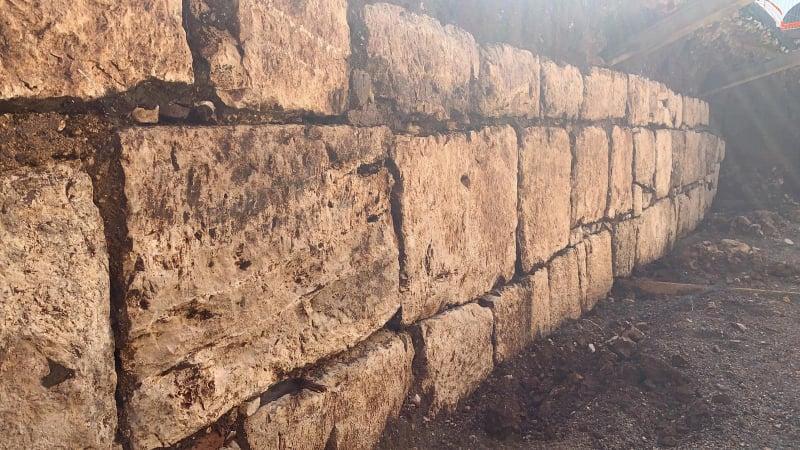 Il muro dei volsci a Torretta Rocchigiana, il muro di antica gente che siamo