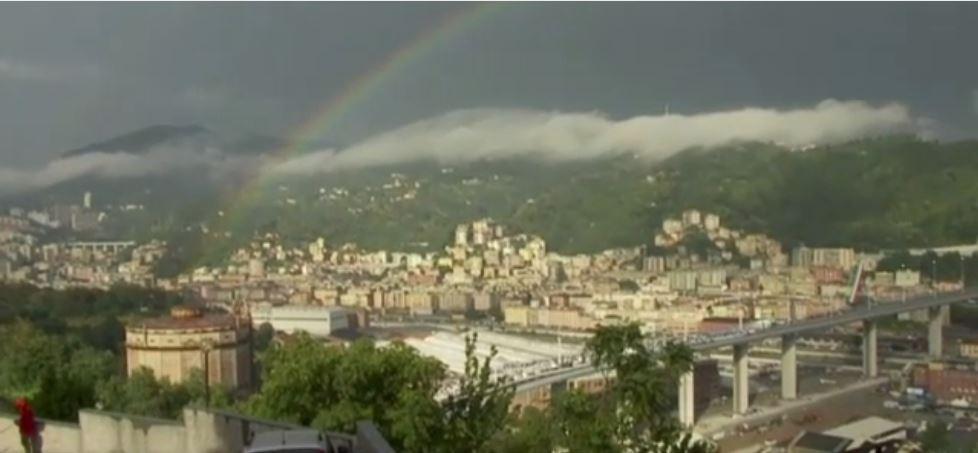 Il ponte e l'arcobaleno, l'araba fenice di Genova