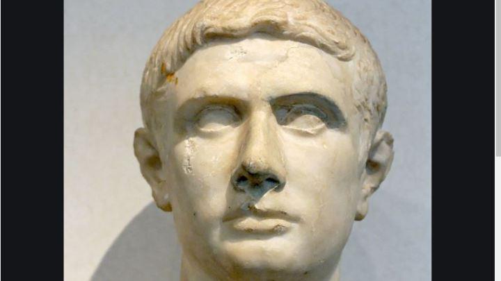 Referendum: io sto con Bruto e Antonio non mi piace: il male è Cesare. Voto no