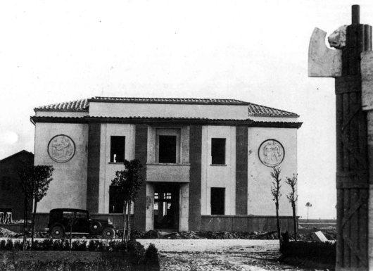 Casa del combattente di Latina: Lo Stato sfratta la sua memoria. Vogliono cacciare le associazioni d'arma