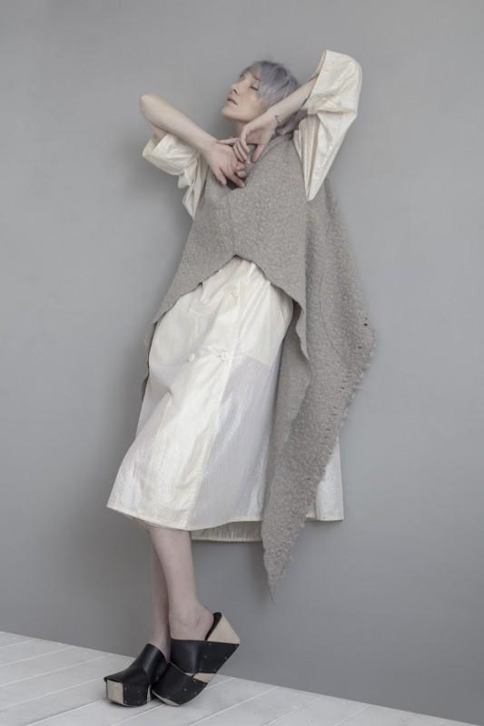 Gilet: Lemuria Coat: Vintage Shoes: InVitro