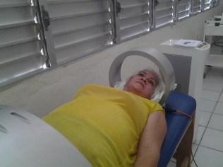 1-Cama-magnética-con-efectos-terapéuticos-sobre-el-sistema-osteoarticular-y-los-músculos