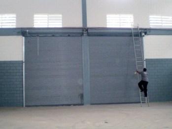 OLYMPUS DIGITAL CAMERA - Porta de Aço Automática - Porta Metálica de Enrolar - Portão de Rolo - Porta de Enrolar em Fortaleza - CE - Porta de Enrolar em Santos - SP - Porta de Enrolar na Bahia - Porta de Enrolar no Piauí - Empresa de Porta de Aço Automática