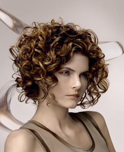 Beautiful Short Curly Layered Hairstyle