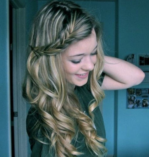 Cute Easy Hairstyles For Curly Hair..