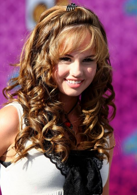 Cute-Hairstyles-For-Kids-With-Curly