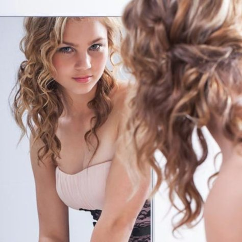 Easy Hairstyles For Thin Curly Hair