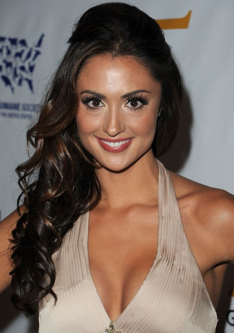 Katie Cleary Curly Half Up Half Down.