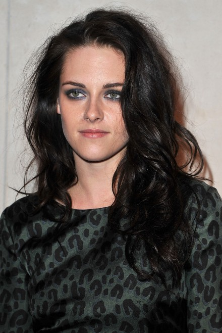 Kristen Stewart Messy Wavy Curly Hairstyle