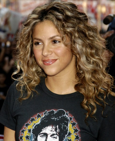 ... Shakira Natural Curly Hairstyle