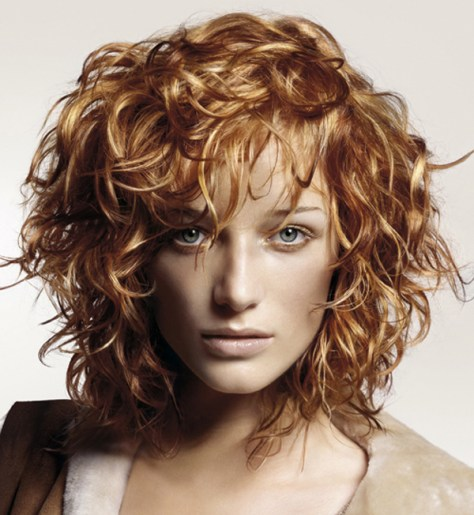 Short Curly Hairstyles for Ladies