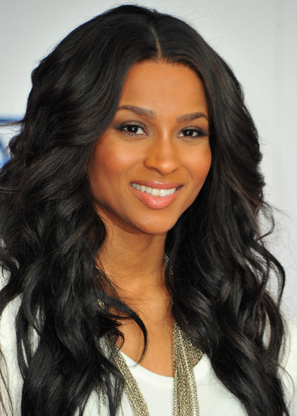 Singer-Ciara-Beautiful-Long-Curly