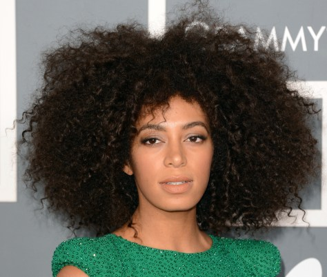 curly-hair-hairstyles
