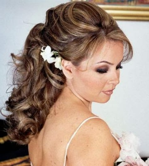 easy curly hairstyles..